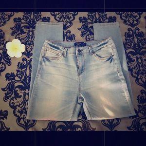 NWOT High waisted ankle jeans from Fashion Nova